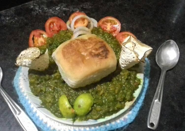 Steps to Prepare Super Quick Homemade Hariyali pavbhaji