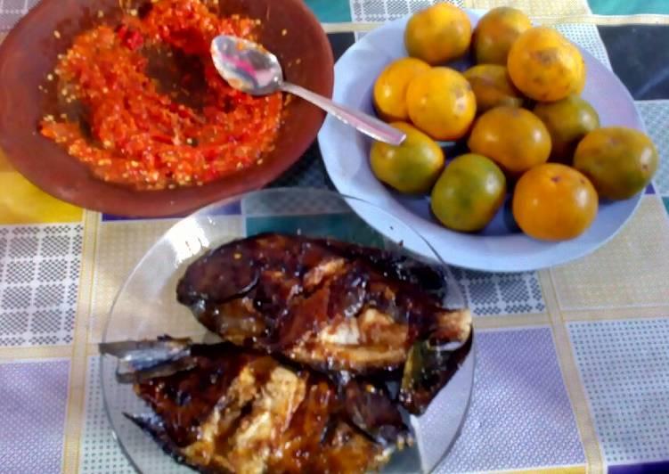 Ikan Baronang bakar kecap