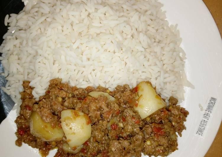 Recipe of Favorite Cardamon rice with potato sauce