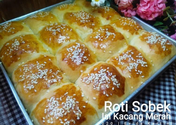 Roti Sobek isi Kacang Merah