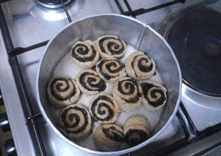 5 Minute How to Make Ultimate Cinnamon Rolls