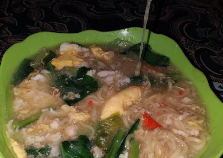 Resep Indomie bawang pedas kuah kental Bikin Laper