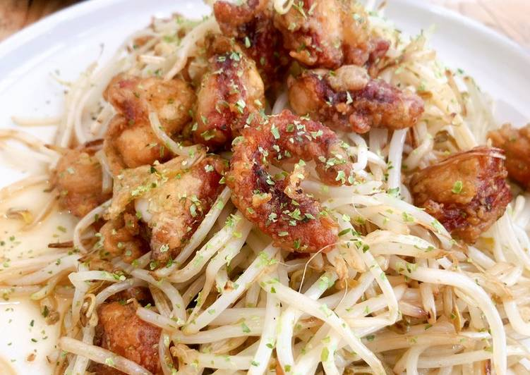 Octopus fry with sautéed bean sprouts