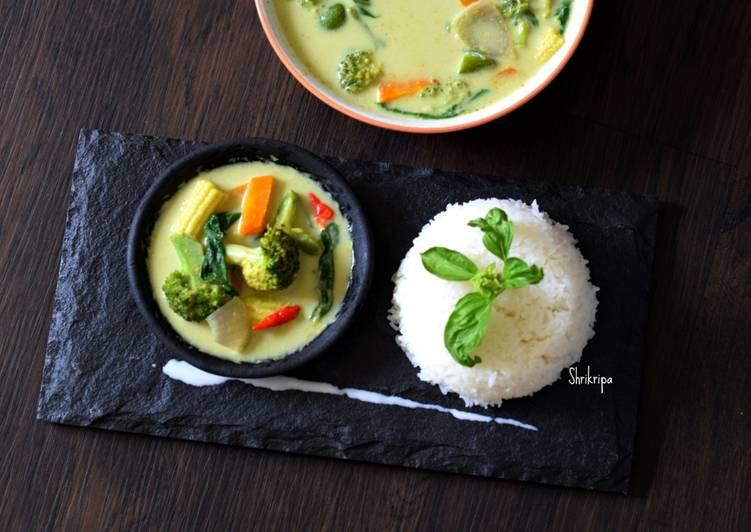 Recipe of Award-winning Homemade Vegetarian Thai Green curry paste /Curry: