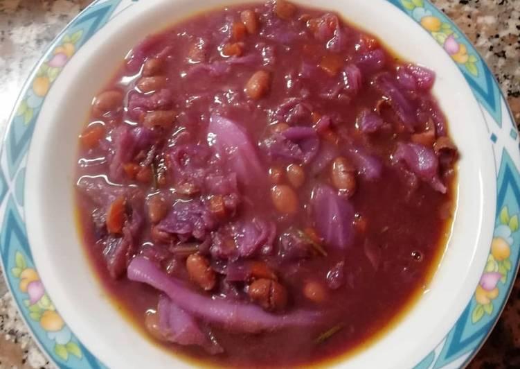 Ricetta Zuppa di cavolo viola e fagioli borlotti