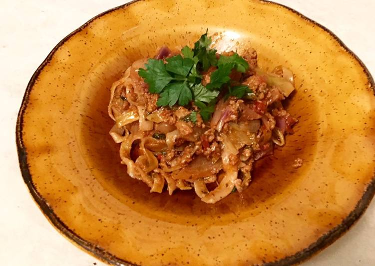 Step-by-Step Guide to Make Favorite Slow Cooked #Vegan Bolognese