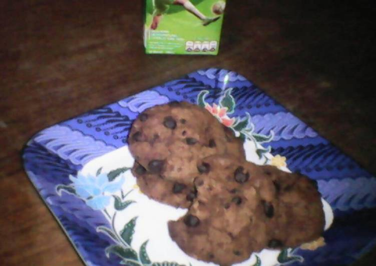 What is Dinner Easy Vegan Mrs. Dobson's Double Chocochip Cookie