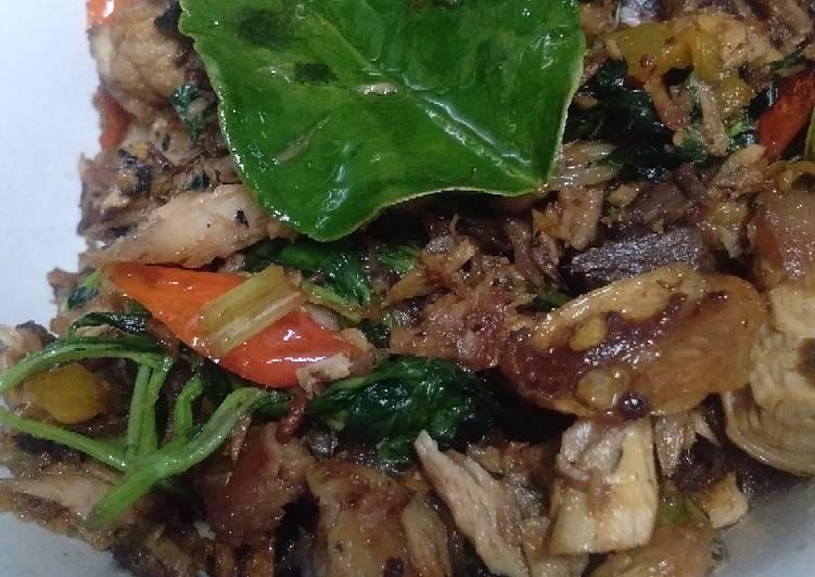Tongkol suwir kemangi - cookandrecipe.com