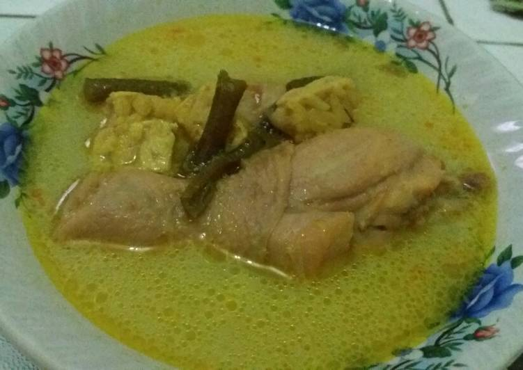 Opor Ayam & Opor Telur Tempe Kacang Panjang