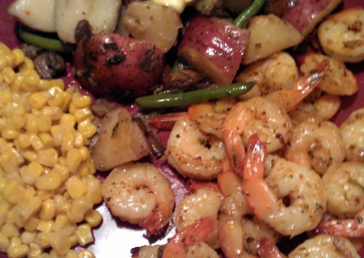Spicy Cajun Shrimp Skillet
