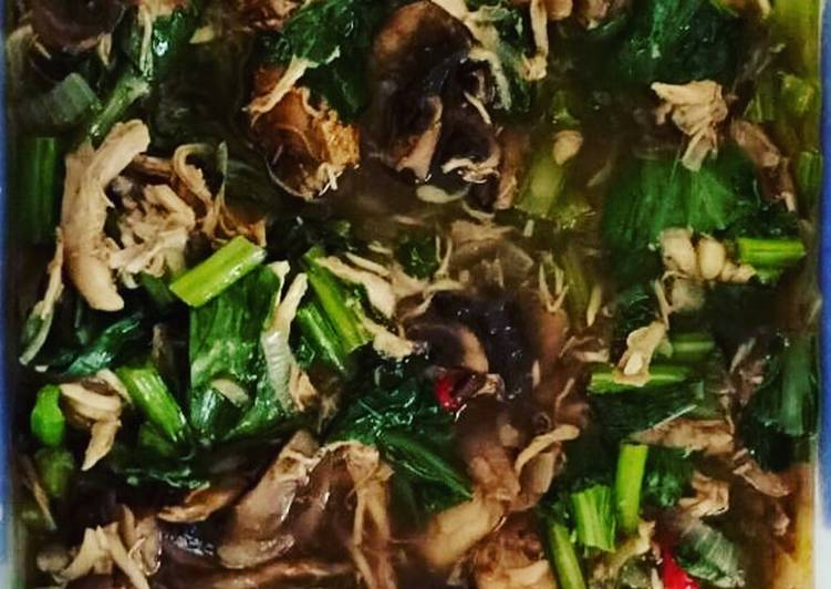 Recipe of Perfect Chicken with Choy Sum and Mushroom Black Pepper