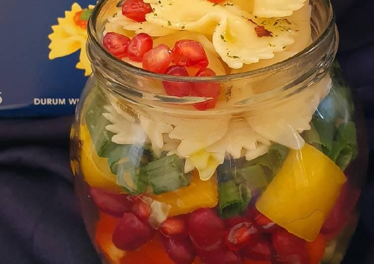 Rainbow Pasta Salad Jar