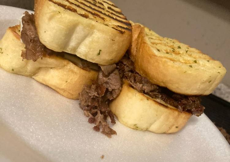 How to Prepare Homemade Texas Toast Philly Cheese Steak Sandwich