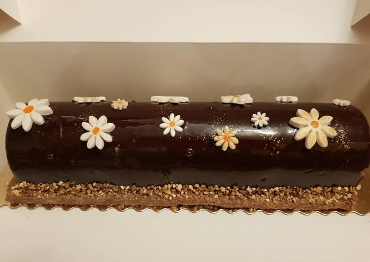 Bûche de noël chocolat insert mangue passion