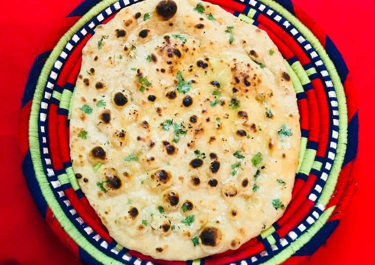 Recipe of Award-winning Garlic naan