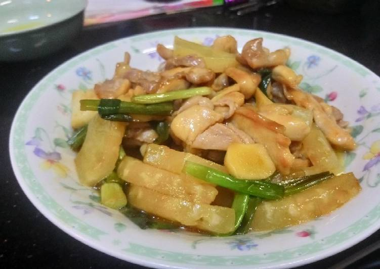 Chicken with pickled pineapple