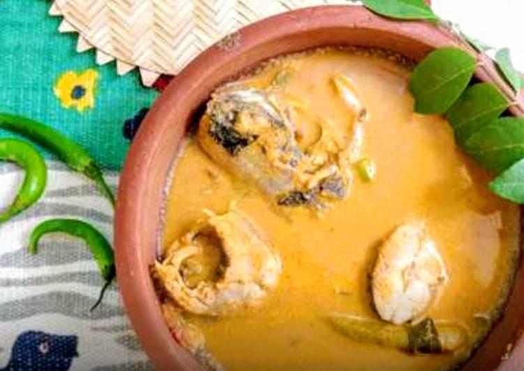 30 Minute Steps to Make Autumn Traditional Kerala Thenga Aracha Meen Curry