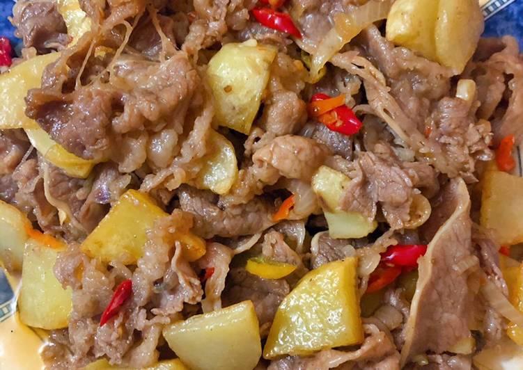 Tumis slice beef kentang