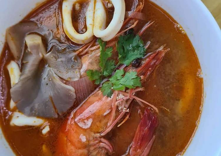 Recipe of Homemade Tom Yum Seafood