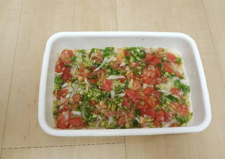 Fresh salsa(pico de gallo)