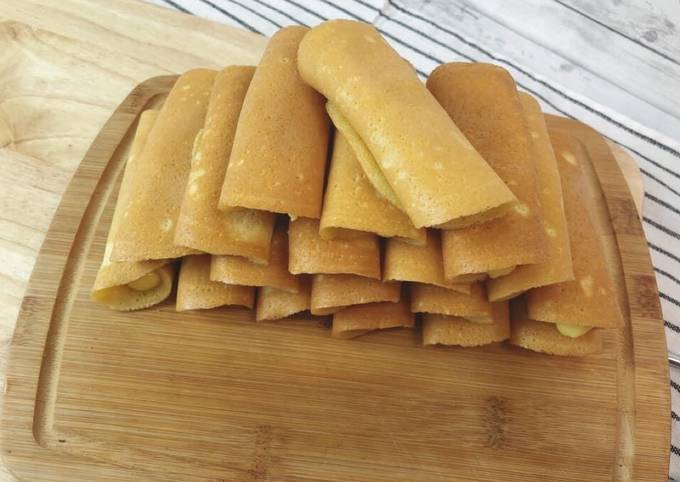 Recipe of Homemade Thai Street Snack • Thai Street Style Tokyo Pancake• Khanom Tokyo with custard cream