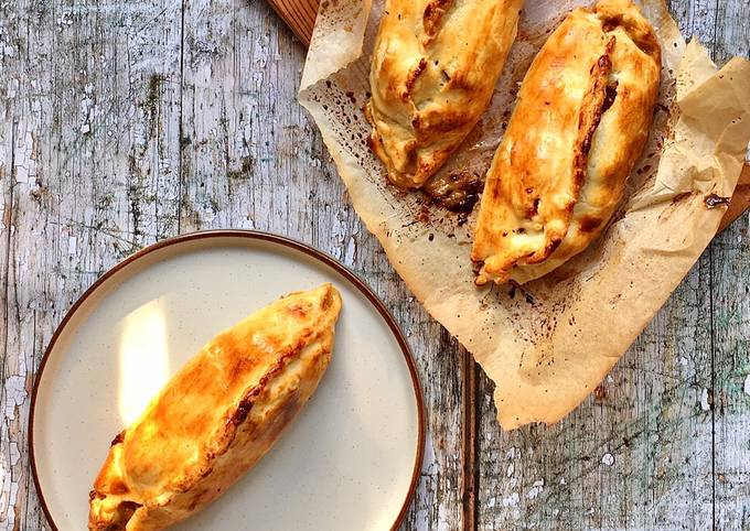 Veal and root vegetables pasties