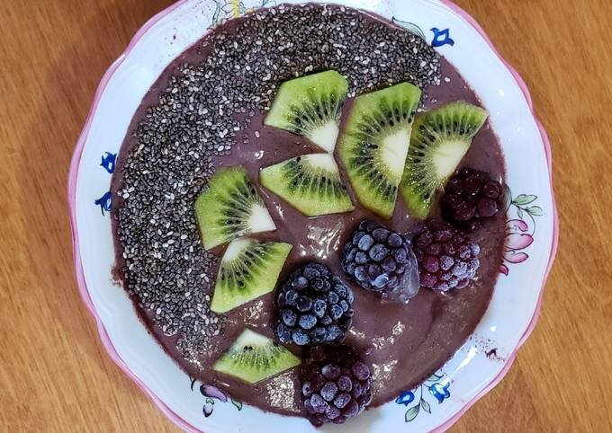 Simple Way to Prepare Quick Acai Breakfast Bowl