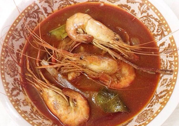 Easiest Way to Make Tasty Tom Yam Goong