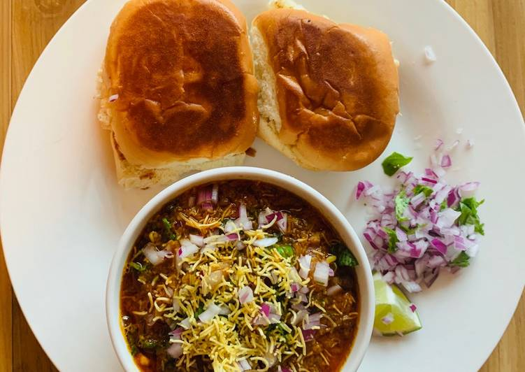 Misal Pav, Foods That Are Good For Your Heart