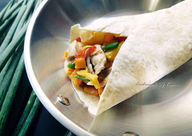 Minggu 30 - Tortillas Isi Ayam dan Nenas