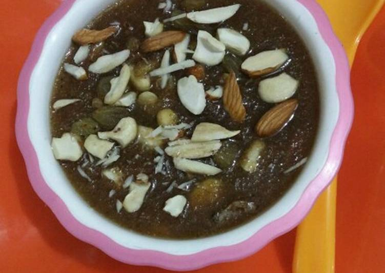 Discover How to Improve Your Mood with Food Semolina Halwa