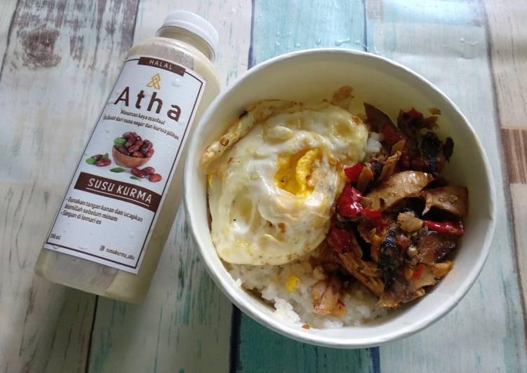 Rice Bowl dengan isian : nasi, sambal embe, balado tuna