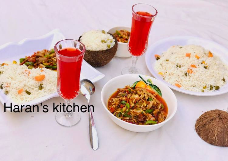 Foods That Can Make Your Mood Better Coconut rice with shredded chicken