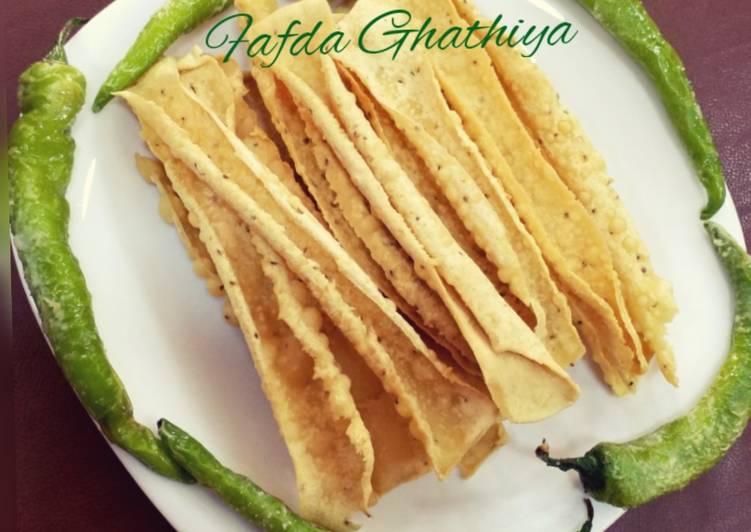 Fafda Ghathiya (Gujrati Snack)