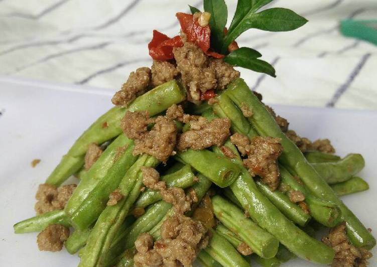 Green Beans Stir Fry with Ground Beef