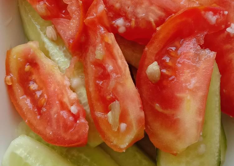 Recipe of Award-winning Cucumber tomato Salad