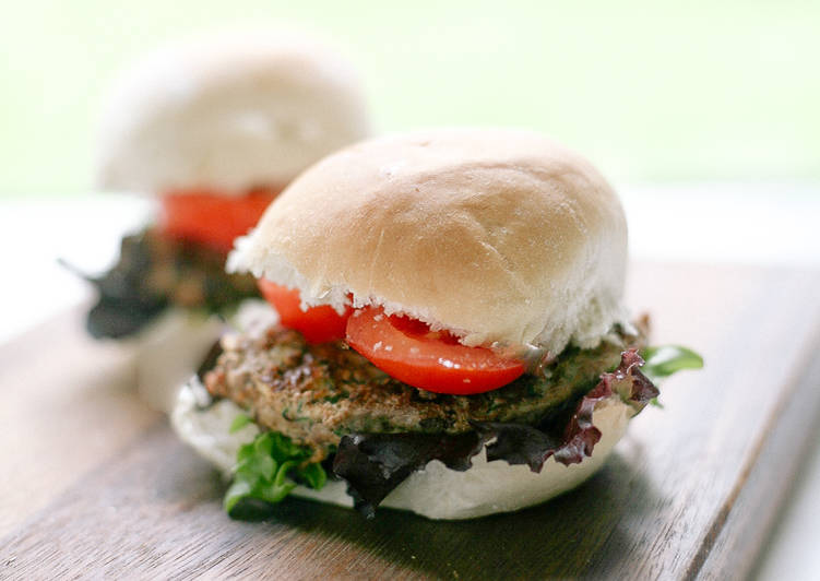Easiest Way to Prepare Super Quick Homemade Beef and Courgette Burgers