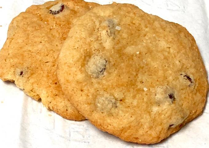 Ali's Gluten-Free, Dairy-Free Chocolate Chip Coconut Rum Cookies