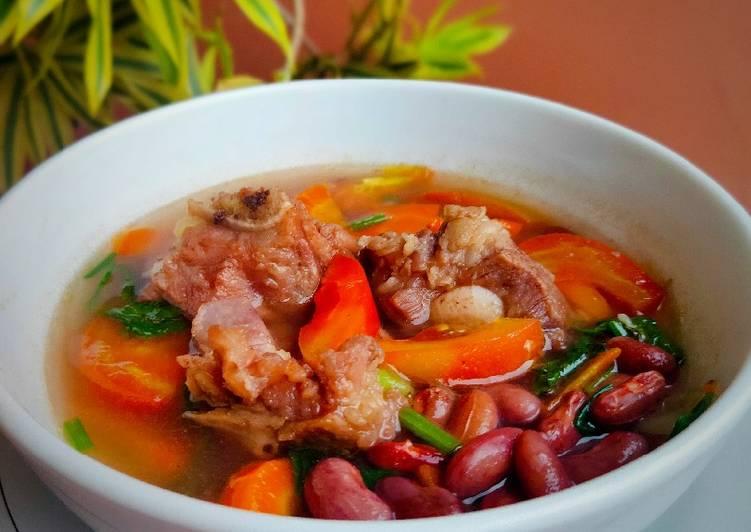 Bruine Bonen Soep (Sup Brenebon)