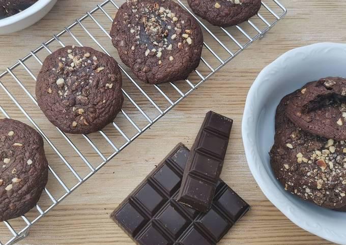 Cookies moelleux tout chocolat & noisette