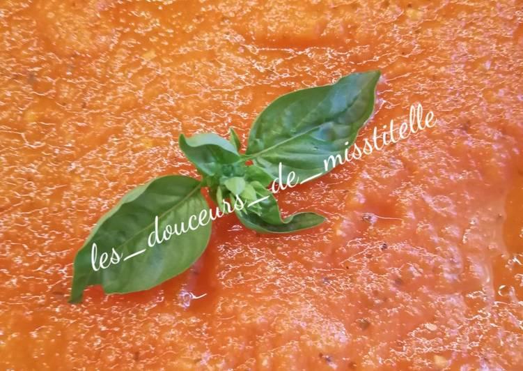 Easiest Way to Prepare Delicious Coulis de tomate basilique #été