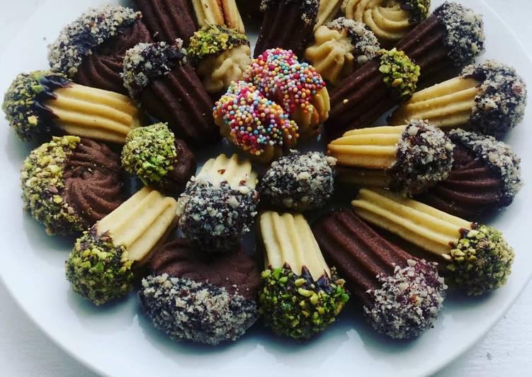 Petit fours Eid cookies