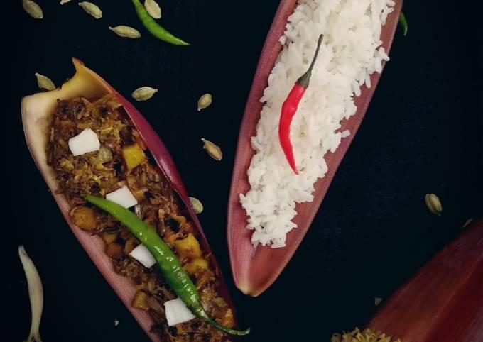 Mochar Ghonto (Traditional Banana Blossom Curry)