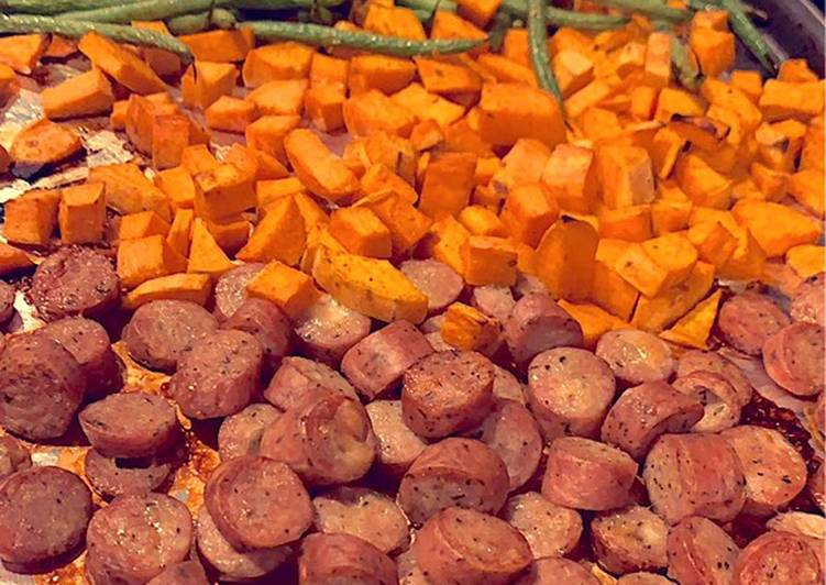 Roasted chicken sausage, sweet potatoes, and fresh green beans