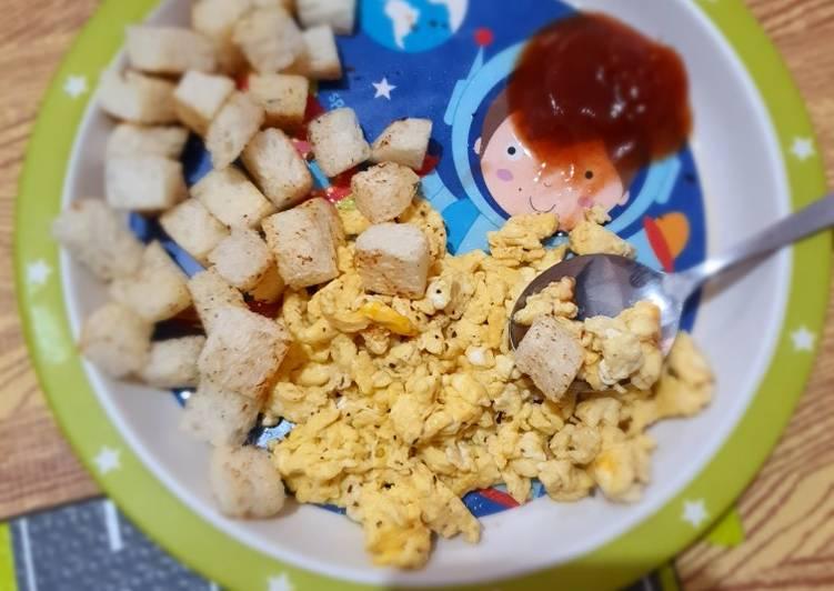 Resep Scramble egg with bread toast (anak) Bikin Ngiler