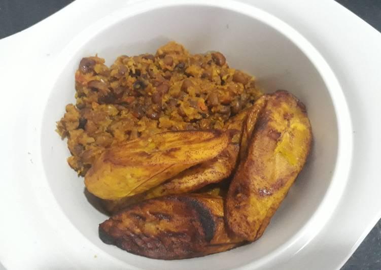 Porriage beans and fried dodo