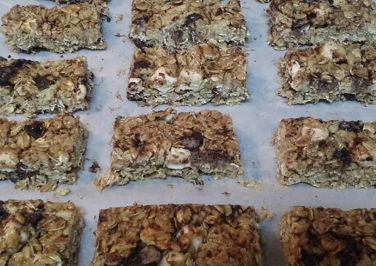 Recipe of Ultimate S'mores Granola Bars