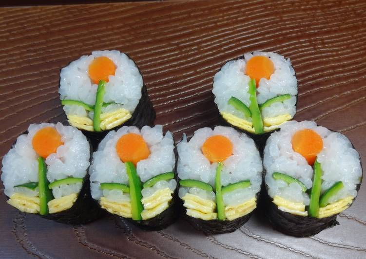 Designers rolled sushi (Flowers w/o fish)