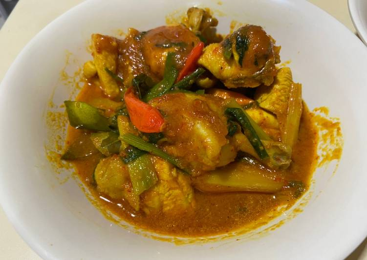 10. Ayam Woku Simple