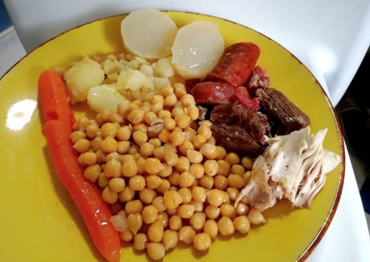 Cocido madrileño de garbanzos pedrosillanos (ligero)